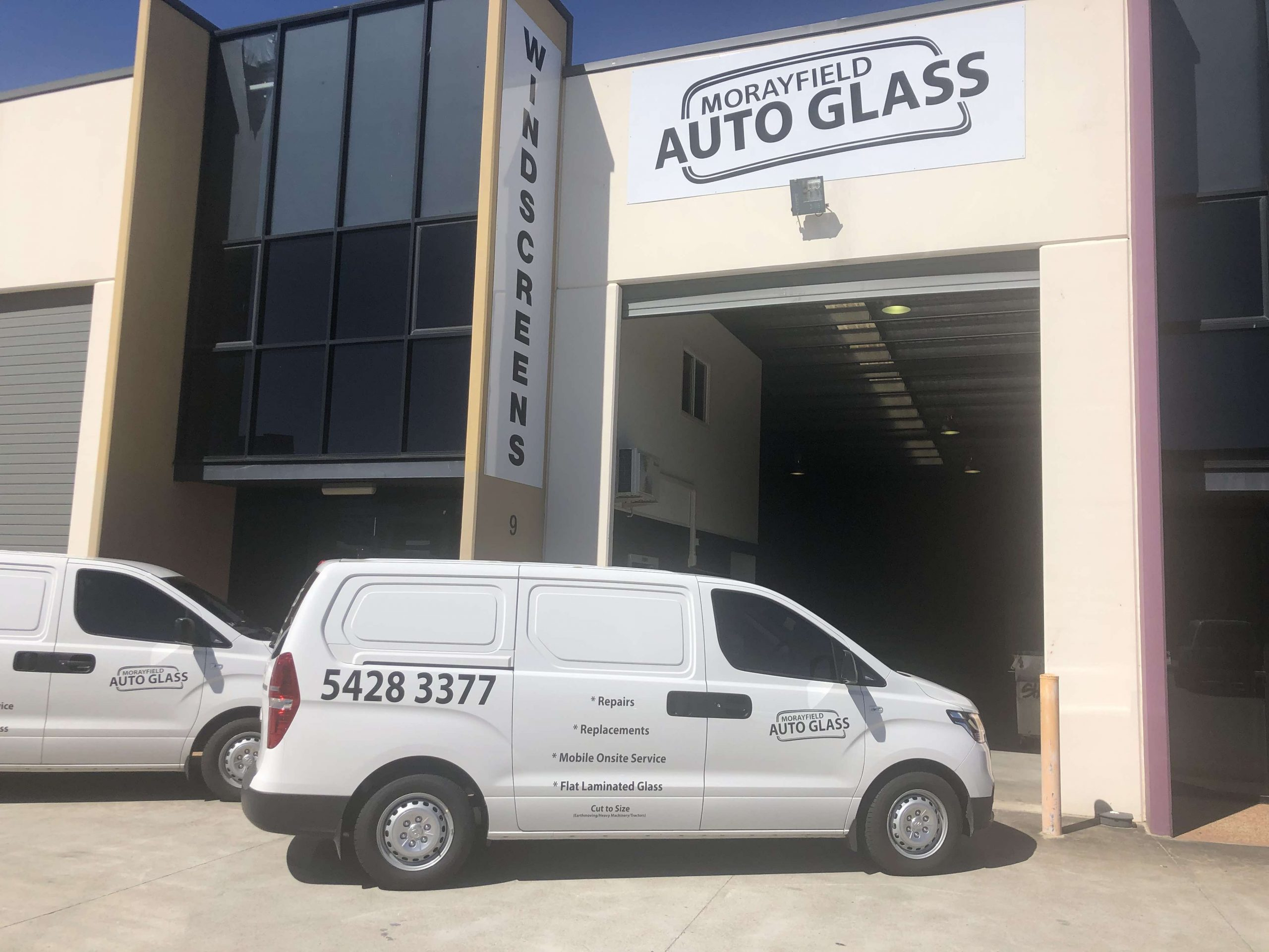 Image of the front of Morayfield Autoglass workshop